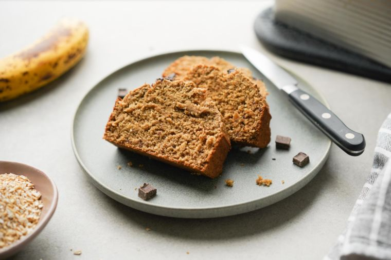 5-Ingredient Flourless Banana Bread (Gluten-Free)
