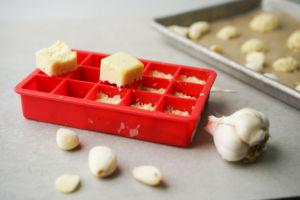 frozen garlic cubes and cloves