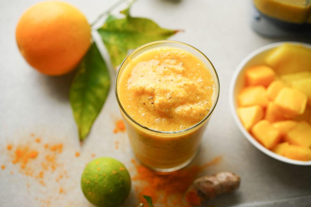 anti inflammatory turmeric smoothie